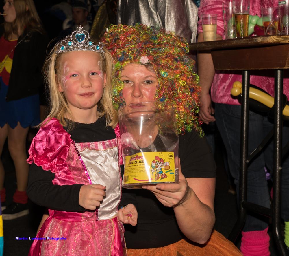 Zondagmiddag kleintje carnaval 2020 _-45