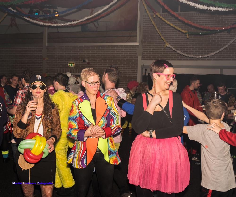Zondagmiddag kleintje carnaval 2020 _-62